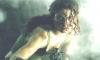 28 de maio — Alexa Davalos, uma gatinha em Riddick