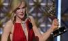 Nicole Kidman Leva o Emmy de melhor atriz
