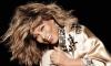 Tina Turner vende catálogo para a BMG