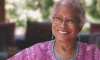 Alice Walker no templo dos ancenstrais africanos