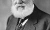 Graham Bell inventou o telefone